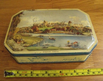 Windsor Castle Lovell &Co Tin