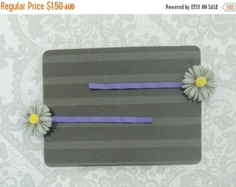 ON SALE Girl's Flower Hair Clips - Bobby Pins - Purple - Daisy