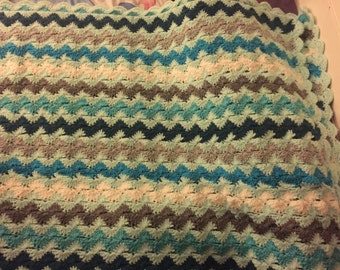 Crocheted Afghan 4'x6