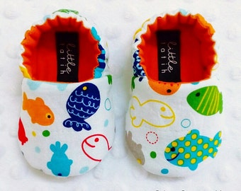 Fish Baby Booties, Soft Sole Shoes, Baby Slippers, Crib Shoes, Baby Moccs, Shower Baby Gift, Handmade Booties, Baby Booties, Newborn Baby