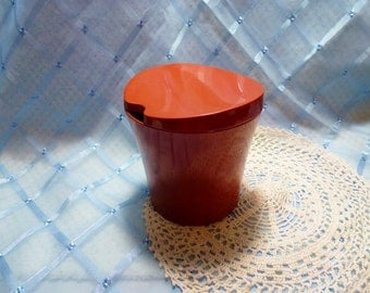 Vintage Bessemer ware 'Russet Red' Sugar Bowl