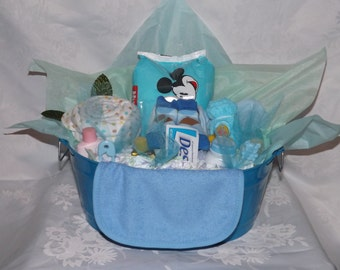 Baby gifts, Baby boy, Gift baskets, Diaper boat