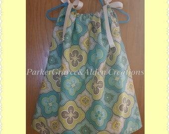 Pillowcase / Pillowslip Little Girls Dress