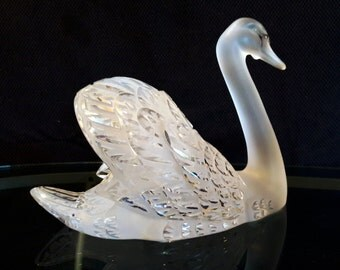 "Large Lalique ""Swan Head Up"" Clear and Frosted Crystal Sculpture"