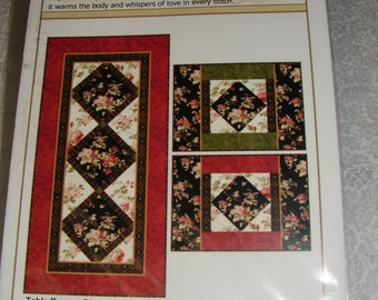 Holiday Blooms Table Runner & Placemats by Jan Douglas Designs
