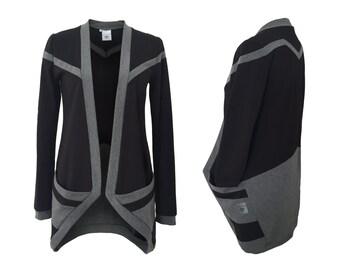 eisbörg como Cardigan of black x grey - geometric hooded sweatshirt with stripe pattern and bag, sweater, jacket
