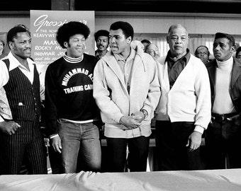 Boxing Royalty: Joe Frazier, Jimmy Ellis, Muhammad Ali, Joe Louis and Floyd Patterson in 1976 - 5X7 or 8X10 Photo (ZY-168)