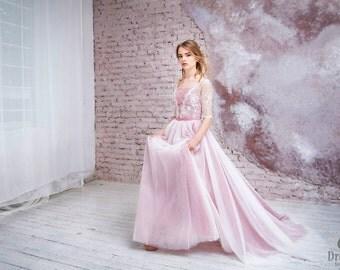 "Wedding dress with a train ""Geraldine""; Rose wedding dress; lace wedding dress"