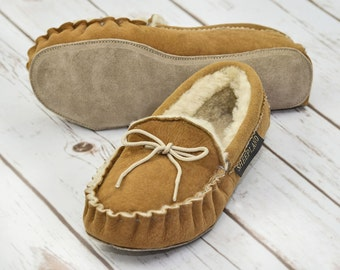 Luxury Whole Fleece Sheepskin Handmade Traditional Range Moccasin Slippers