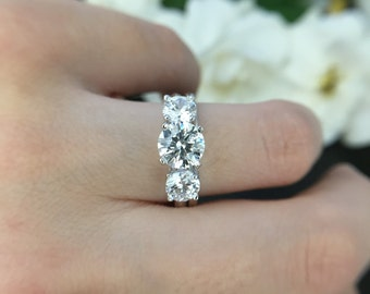 Diamond Simulate Sterling Silver - Lucida Ring - Wedding Engagement - Anniversary - Promise Ring