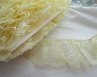 "3"" Yellow Flowered Lace BTY  024"