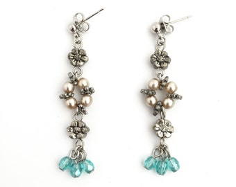 Flower Dangle Earring-Drop Earring-Glass Beaded Earring-Bridesmaid-Wedding