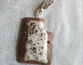 Cookies and Cream Toaster Pastry