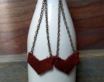 Arrow and Chain Earrings - Arrow Leather Drop Earrings - Leather Jewelry - Brown Leather Dangle Earrings - Lovespangle