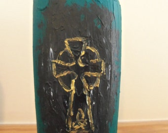Celtic Cross Vase