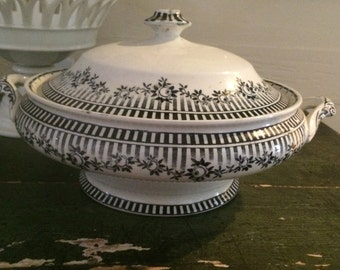 Black and White F and Sons English Tureen, Black and White Covered Casserole, English Casserole, Black and White Transferware, Transferware