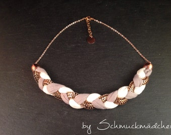 Statement necklace rose gold grey