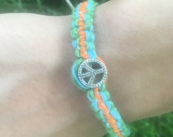 Hemp Bracelet with rhinestone peace sign