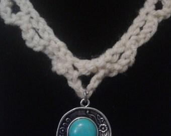 Crocheted Cream Choker Necklace