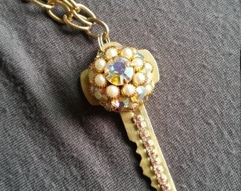 Pearlescent Bling Key Necklace