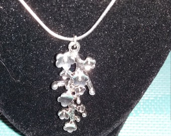 Vintage Silver flower charm necklace 18inch