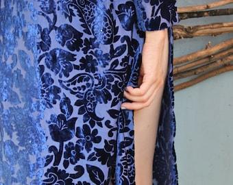 Vintage velvet blue arabic women's 90's dress. Flowers on evening, coctail, party  dress