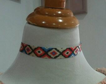 Native pattern choker