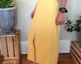 Vintage yellow pencil skirt