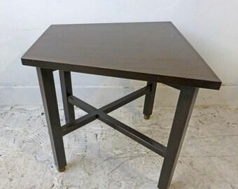 Edward Wormley Trapezoid Side Table by Dunbar Mahagony Gold Big D label