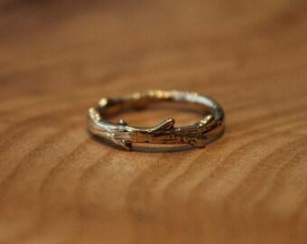 Twig Ring Brass