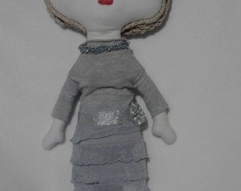 Lady 40, Handmade doll, Custom Rag Doll, custom cloth doll, Handgefertigte Puppe, Lappen-Puppe Individuelle, dressed doll, a doll in outfit