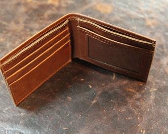 Simple Bi-Fold Wallet