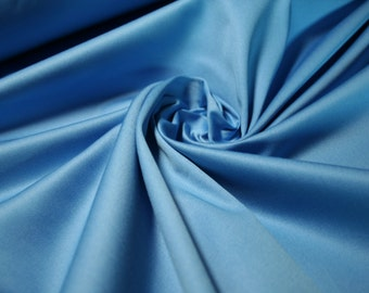 Stretch cotton fabric made in Italy / Italian fashion with excellent vestibility.