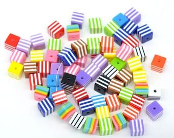"25 Resinperlen ""Cube"" - color mix - 8 * 8 mm / E1-0320"