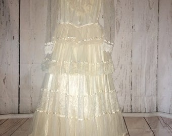 Vintage 70's wedding gown lace tiered Jessica McClintock bridal
