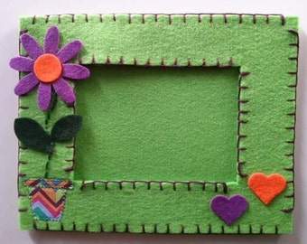 Picture frame made of felt, felt, cotton yarn and cloth American