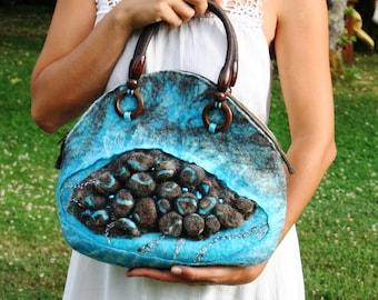 "cute felted handbag ""Treasures of the sea"""