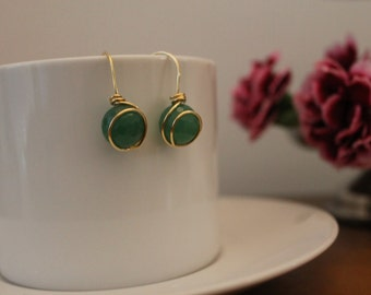 Wrapping gold field earrings with natural  faceted jade.