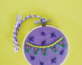 Hello - Hand Embroidered 8cm Hoop - Wall Art - Bunting Greetings