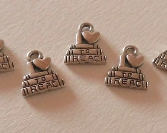 5 Reading charms / i love to read / bulk reader charms / bookworm / booklover charms / book charm / librarian charm / i love books / student
