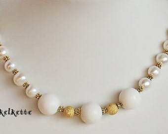 Bridal jewelry chain necklace gemstone necklace coral Pearl White Gold elegant necklace for a bride for a nice solid 48 cm