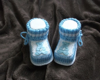 knitted baby shoes, baby shoes, baby socks, Babybooties * FIPS *.