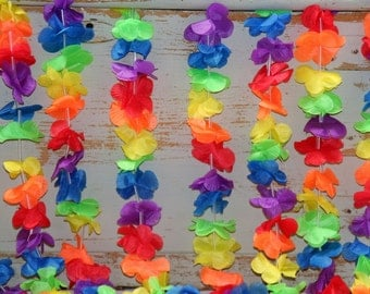 Hawaiian Flower Garland 140 Flowers on a string Party Decoration