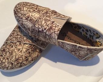 Doodled shoes size 7/8