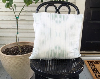 "Faded Gray Blue Dyed Throw Pillow, 18"" with Insert"