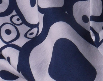 """Blue and White Circle Woven Fabric - 54"""" Wide - 2 Yard (PV-912)"""