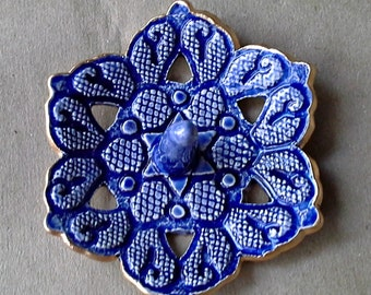Blue Ceramic Ring Holder Bowl  edged in gold Carved lace