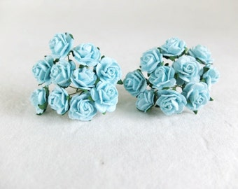 20 Mulberry blue roses (15mm)