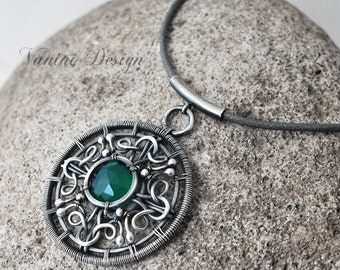 Sphere-Fine999, Sterling Silver, green onyx, leather pendant