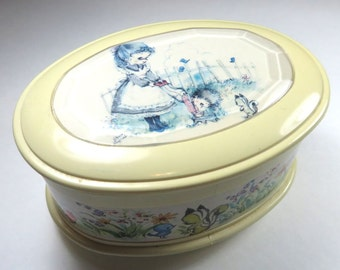 SJK Vintage -- Japan Sanyo Signed Music Box, Trinket Box -- Swan Lake Tchaikovsky -- Young Girl, Garden, Woodland  (1970's)